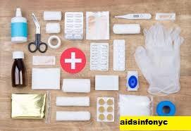 Medical aids : 7 First Aid Kit/Kotak P3K Terbaik Tahun 2021